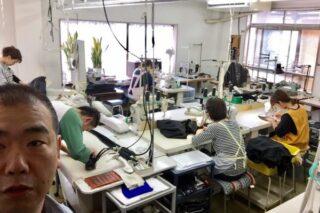 縫製工場の朝は早い